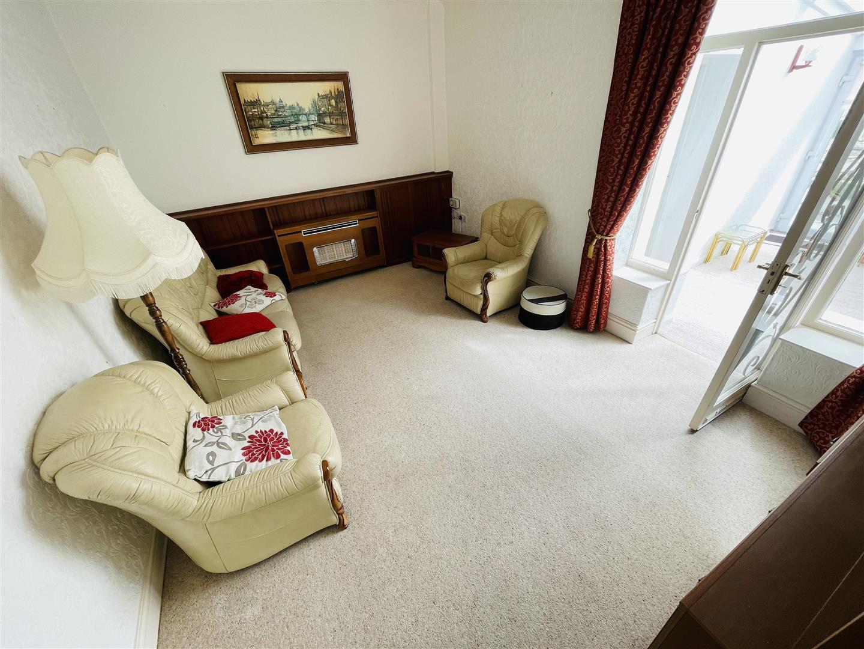 Hillfield Villas, Kidwelly